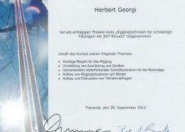 """Zertifikat """"Riggentechniken für schwierige Fällungen SKT"""""""
